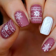paarse winter nagels